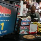 U.S. Mega Millions website crashes as record jackpot draws clicks