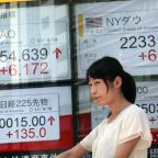 Global shares drift as investors pause ahead of Fed