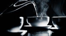 Beber el té muy caliente, ¿provocaría cáncer?