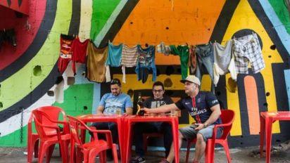 Restaurantes em favelas 'roubam' clientes de shoppings