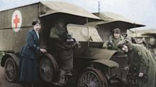 The colour photos that show the war effort of two million women 100 years ago