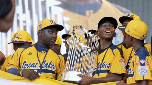Why Parents of Little Leaguers Are Locked in a Lawsuit