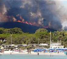 Wildfires force French Riviera evacuations