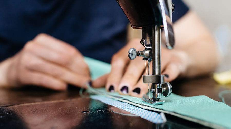 5 top-rated sewing machines that are still in stock