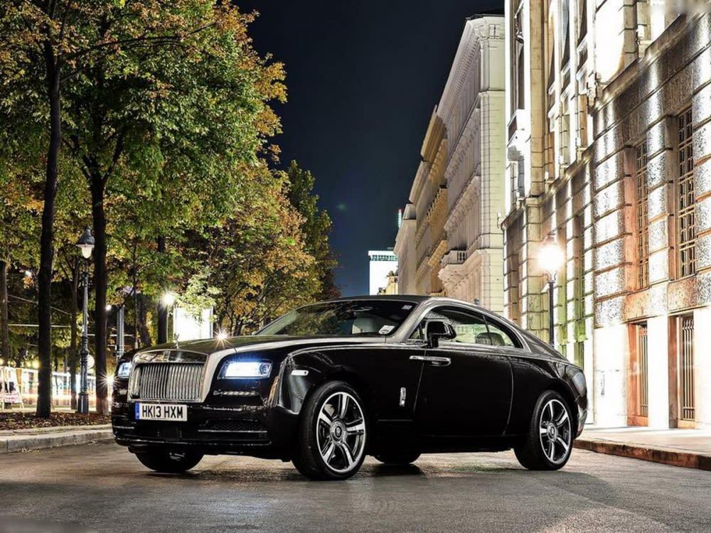 「肉眼可晰」的造車工藝!Rolls-Royce Wraith重現英國偵探老片的經典老車