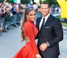 Jennifer Lopez and Alex Rodriguez announce split