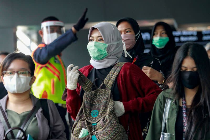 Indonesia sees biggest daily jump of COVID-19 deaths