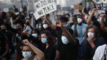 """De George Floyd à Adama Traoré : 20 000 personnes à Paris pour demander """"justice"""""""