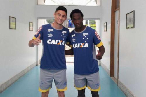 Mano relaciona Diogo Barbosa e Ezequiel para jogo do Cruzeiro