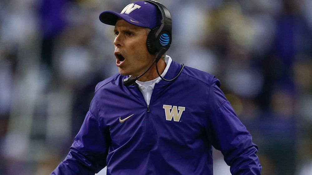 Chris Petersen extension makes Washington coach Pac-12's highest paid, report says