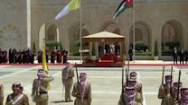 Royal welcome for Pope Francis in Jordan