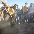 Russian air strike on Syria market kills 19: monitor