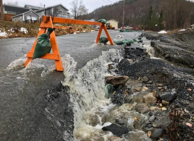 'It's really bad': Flooding in Stephenville, Corner Brook shuts down streets - Yahoo News Canada