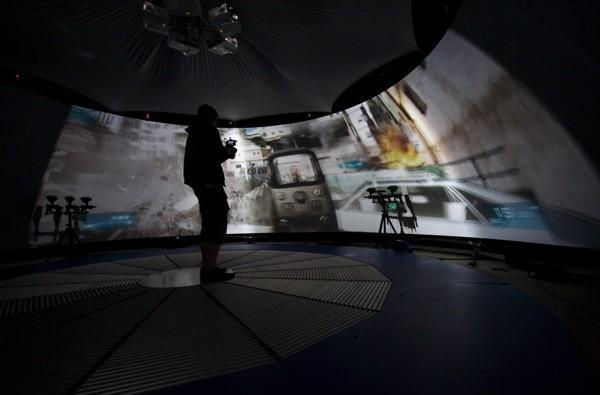 The Gadget Show builds an FPS simulator that shoots back (video)