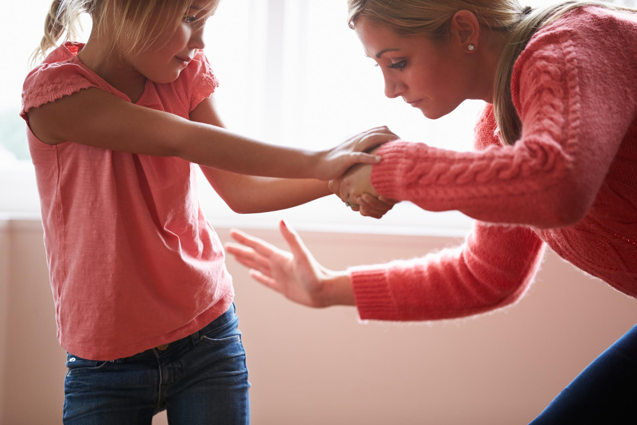 smacking children is it effective Talking to your child calmly and setting a good example is a much more effective way to impart wisdom #5: it could affect your relationship with your child most parents want to be loved and respected by their child, but in order to achieve this, it is important to love and respect your child.