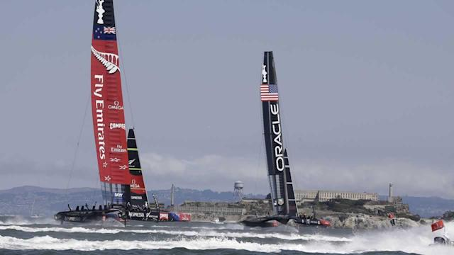 With Ainslie aboard, Oracle Team USA loses twice to Kiwis