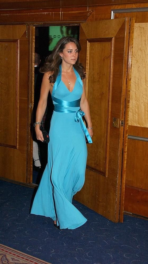 Kate attended theBoodles Boxing Ball, dressed in bright blue to support the sports charity Sparks.