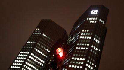 Deutsche Bank to cut 250 investment banking jobs