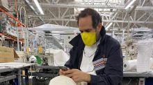 Más de 300 casos de coronavirus obligan el cierre de una fábrica de ropa