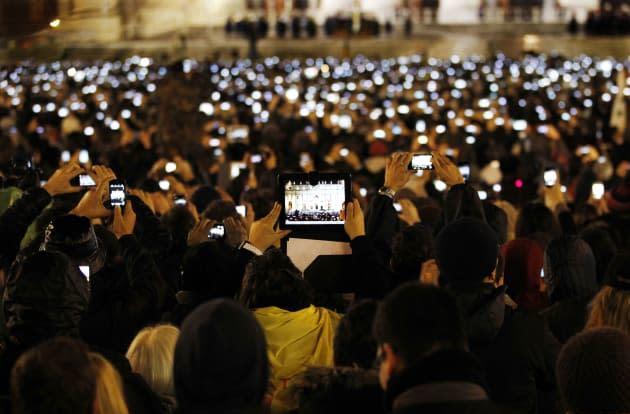 Doing it wrong: A visual history of awkward iPad photography