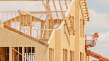 How Does Redrow's (LON:RDW) P/E Compare To Its Industry, After The Share Price Drop?