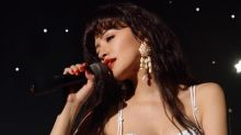 'Selena: la serie': un programa para soñar con la niña obediente que se convirtió en estrella