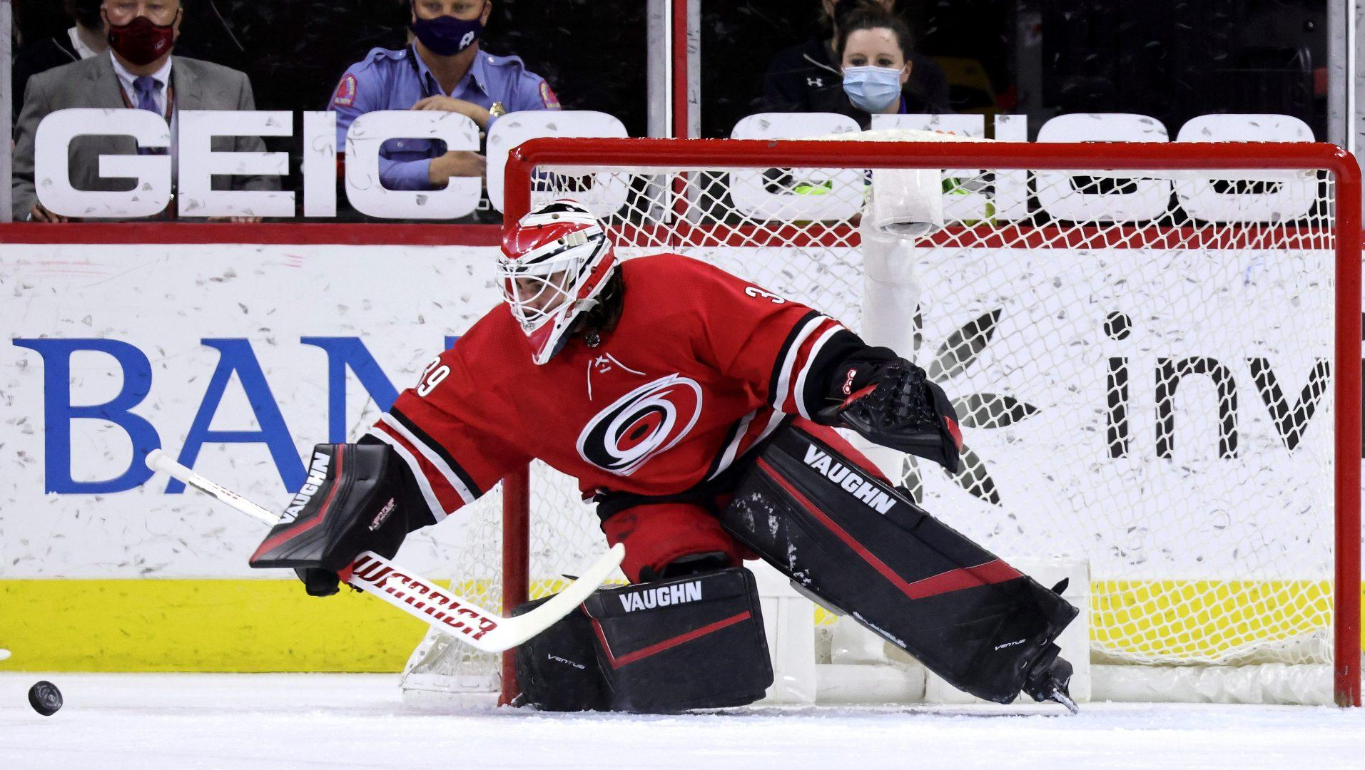 NHL Power Rankings: Hurricanes' surprising strength; Rangers on the rise