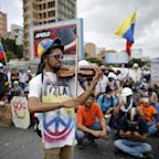 Venezuela's Opposition, and Its Famous Protesting Violinist, Vow to Fight On