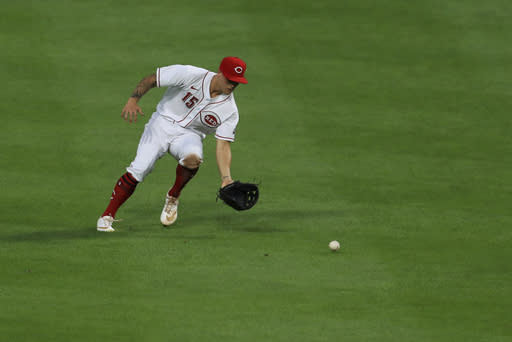 COVID-19-tested Reds schedule flight to KC for 2-game series