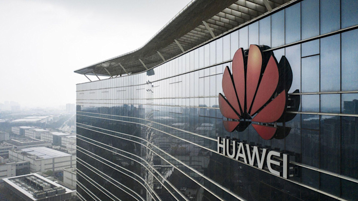 Huawei Plans to Make EVs After U.S. Sanctions, Reuters Says