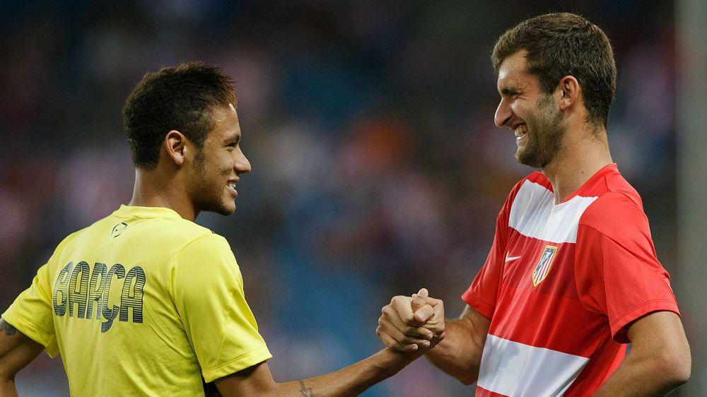 Neymar se prepara para el duelo con su amigo Leo Baptistao