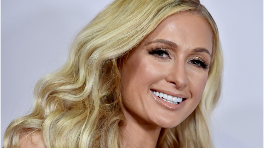Paris Hilton said she can't see a therapist despite struggling with her mental health because she 'doesn't really trust anyone'