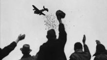 El bombardeo de bolsas de té durante la IIGM para mantener alta la moral de los holandeses