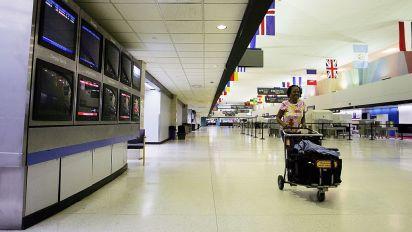 Las aerolíneas han contribuido a la desigualdad en EEUU: C. Sen