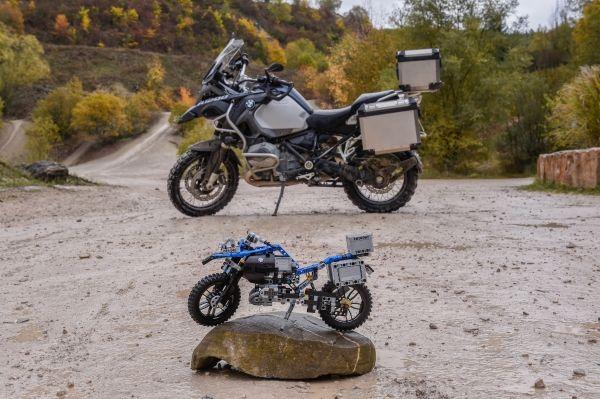 Lego To Offer Bmw Motorbike Fans A Mini Adventure