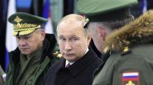 """Fallas, posibilidades y retóricas de las armas rusas """"invencibles"""" que presume Vladimir Putin"""