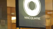 Should You Buy Macquarie Group Limited (ASX:MQG) At This PE Ratio?