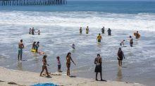 California celebra el 4 de Julio con desfiles virtuales