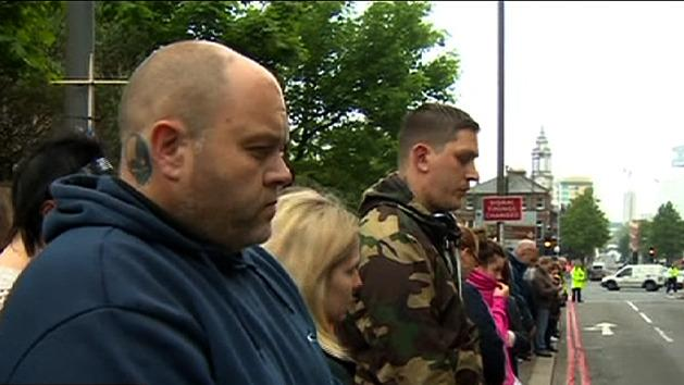 Crowd gathers to remember Lee Rigby