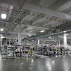 Tesla's Nevada Gigafactory to CutOn-Site Staff by 75%