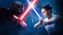 """CCXP: """"O lado da luz e da escuridão serão explorados"""", diz diretor de Star Wars"""