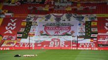 Pokalübergabe für Reds auf legendärer Fantribüne