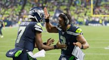 Seahawks re-sign backup quarterback Geno Smith to the roster