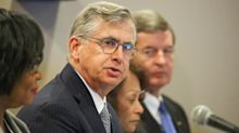 BB&T, SunTrust execs tout impact of merged bank at local Fed meeting