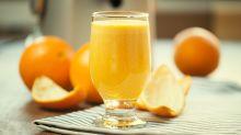 Por qué los expertos dicen que el zumo de naranja no debe considerarse un alimento saludable