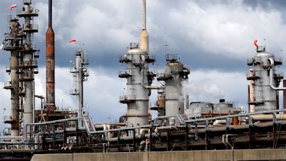Shale firms offer $100M to aid Texas, New Mexico