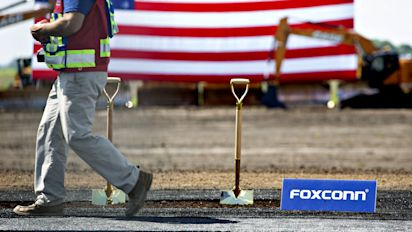 Foxconn may slow recruitment in Wisconsin