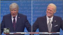 "Alec Baldwin et Jim Carrey parodient le débat Trump-Biden dans ""Saturday Night Live"""