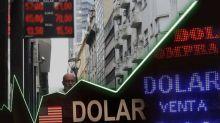 """El dólar cierra la semana con leve alza pero se disparó la cotización del """"Contado con Liquidación"""""""