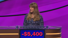 Nervous 'Jeopardy!' contestant receives overwhelming support from former contestants